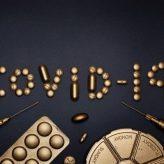 Pandemie koronaviru a přísná vládní opatření – proč jsou její kroky rozumné?